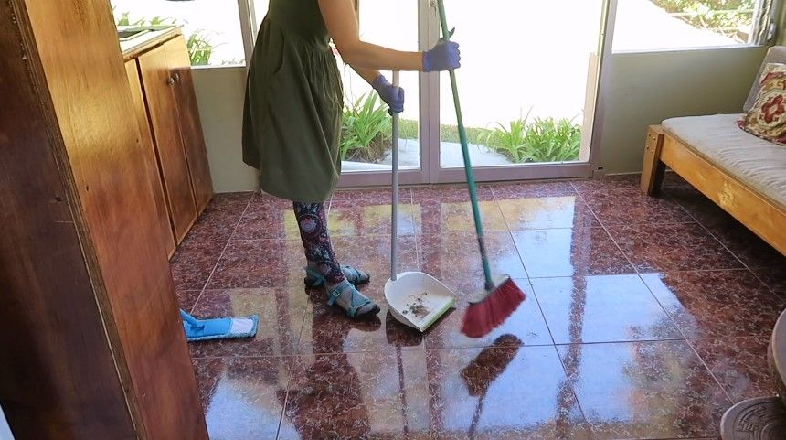 Prepare your home for mopping